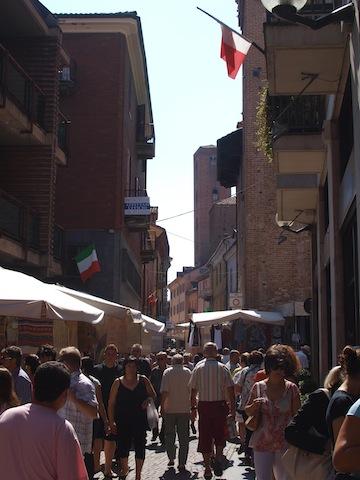 Alba Saturday Market (Via Cavour)